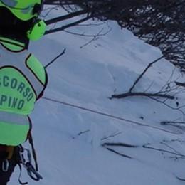 Paura per due alpinisti, salvati dopo una notte all'addiaccio