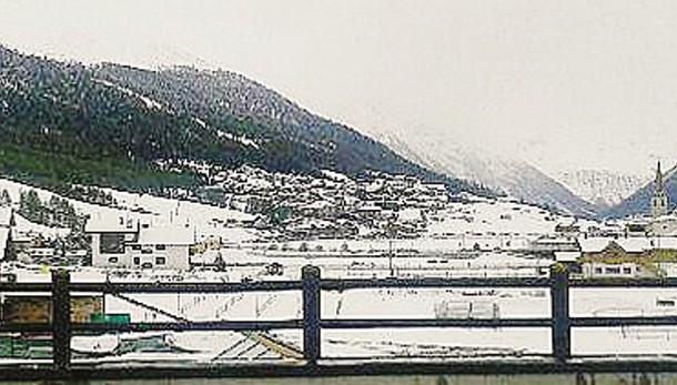Nevicata a Livigno   I contadini temono  di perdere il foraggio
