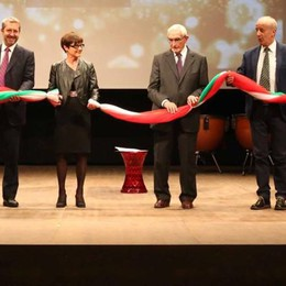Inaugurato il Teatro Sociale, emozioni a Sondrio