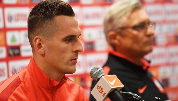 Infortunio per Arek Milik, a rischio la partita con la Roma