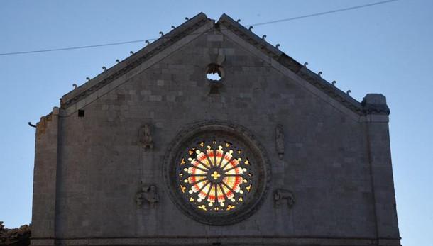 Vaticano condanna Radio Maria Parole offensive e scandalose, i terremotati ci perdonino