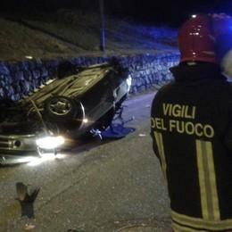 Mazzo in Valtellina, quattro feriti per un'auto ribaltata