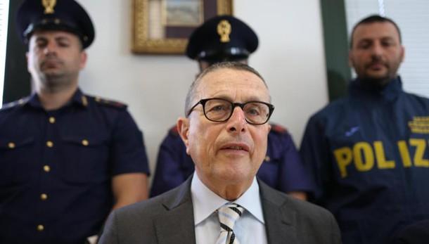 Tritolo sequestrato a Bari: Colangelo nel mirino