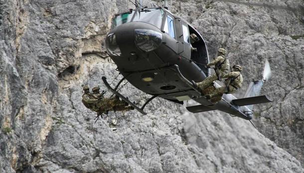 """Tragedia in Trentino: precipitano per 300 metri, morti due alpinisti"""""""