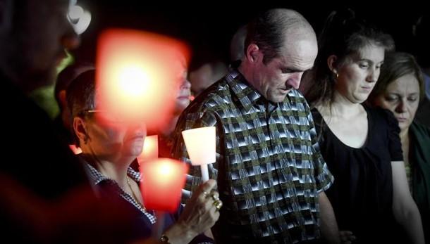 Bimba uccisa: venerdì mattina i funerali dimensione font +