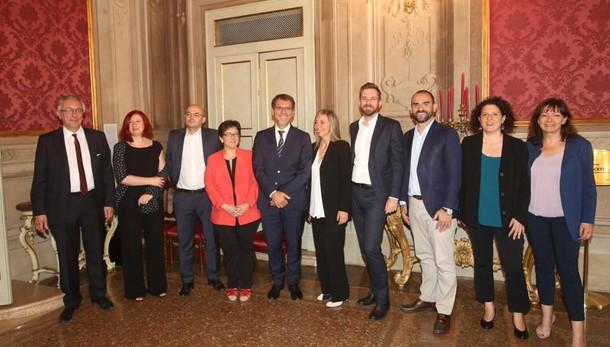 Bologna: varata la giunta Merola, Andrea Colombo paga per tutti