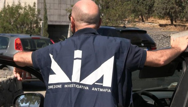 Usura a Roma, arrestato avvocato legato ai Grande Aracri