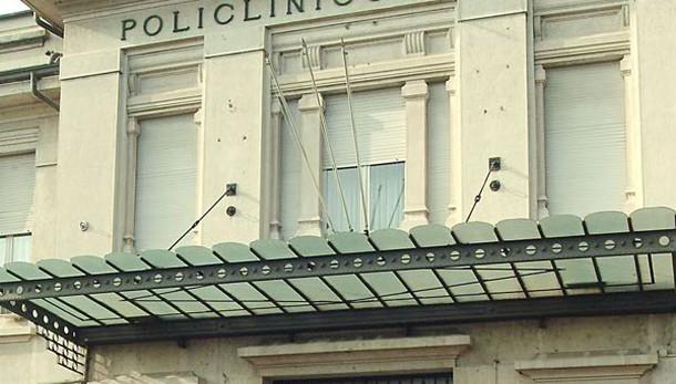 Adesca e molesta paziente 13enne, arrestato pediatra a Pavia