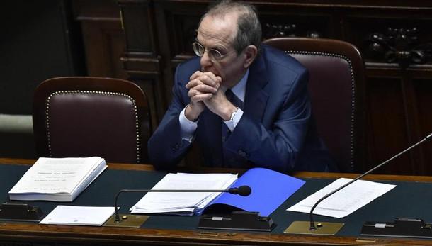 Veneto Banca: Fondo Atlante, rivedere piano industriale