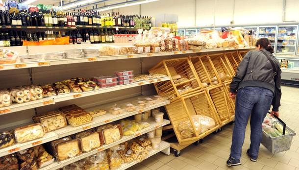 Italia, Istat conferma inflazione agosto +0,2% su mese, -0,1% su anno