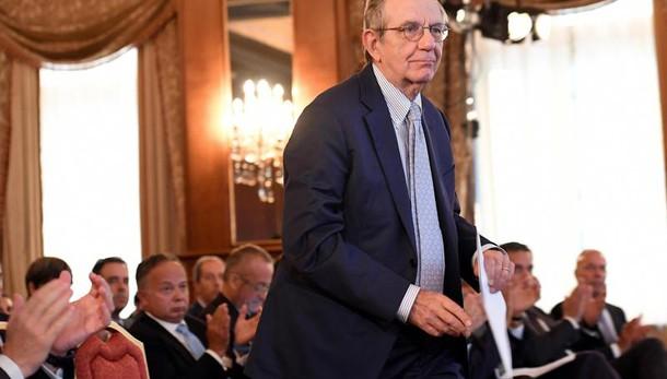 Confindustria rivede al ribasso le stime del Pil. A luglio record debito