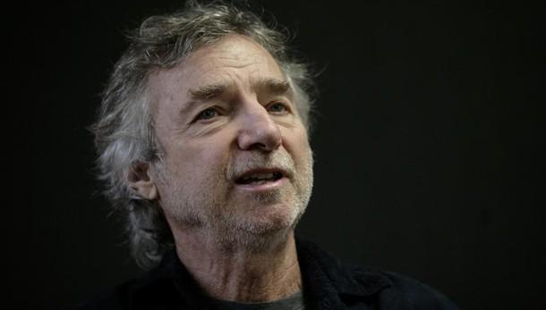 È morto Curtis Hanson, il regista di L.A. Confidential