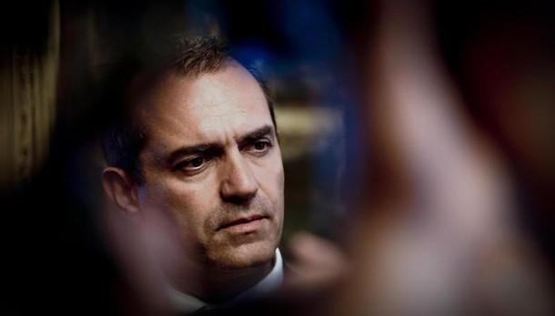 Renzi a Napoli, de Magistris: anomalo e grave il non dialogo