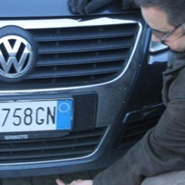 L'auto perde l'olio: il Comune gli chiede   5mila euro di danni