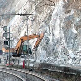 Novate, Pozzo di Riva  Riaprono strada e ferrovia
