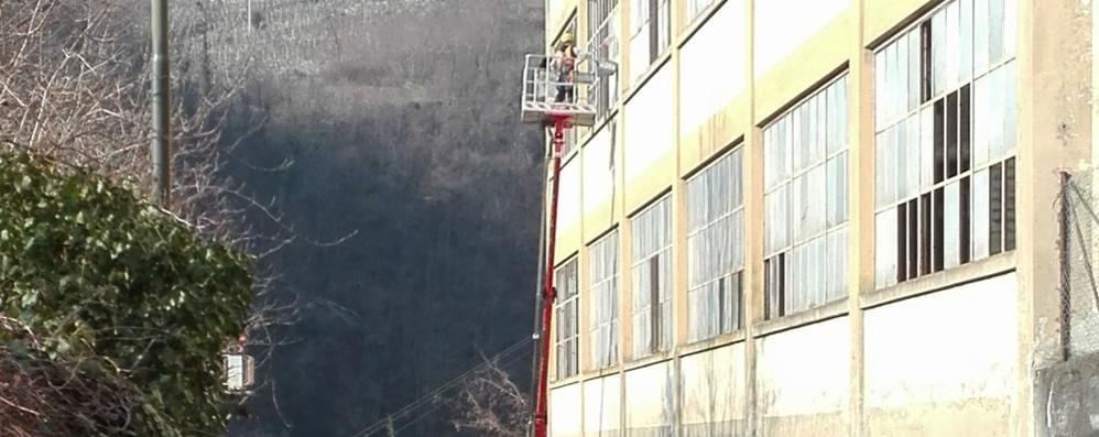 Ex cotonificio Fossati, iniziati i lavori  La facciata sarà messa in sicurezza