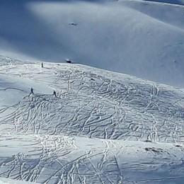 Tre snowboarder in difficoltà in quota: salvati e multati