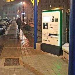 Posteggio di via Stelvio, di notte e nei festivi chiesta la sosta gratis