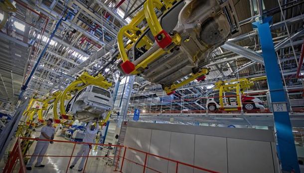 PMI manifatturiero: dati di Italia, Francia e Germania e Eurozona a marzo