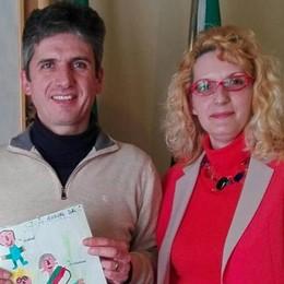 Talamona, festa per l'assessore Lucica Bianchi: prende la cittadinanza