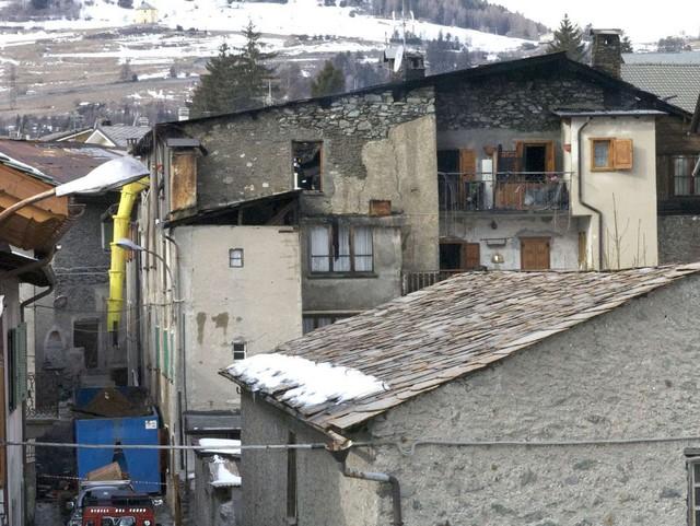 Brucia una casa bormio sfiorata la tragedia homepage bormio for Vinci una casa
