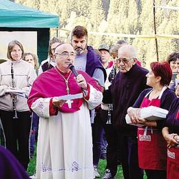 Il vescovo a Valmadre  Tutta Fusine in festa