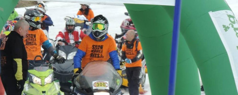 """Snowmobile"", gara al Palù  per solidarietà e amicizia"