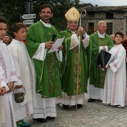 Festa a Poggi per la chiesa rinnovata   Coletti: «Mi affido alle vostre preghiere»