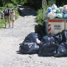 Rifiuti in Val di Mello. L'ente montano invia  le guardie ecologiche