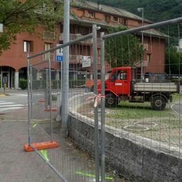 Via Morelli cambia, lavori per la rotonda  sull'incrocio a rischio