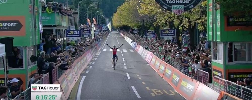 Che spettacolo il Giro  Trionfa Vincenzo Nibali