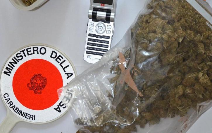 Un arresto per droga  Tre le denunce per furto