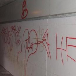 Danni e scritte nel sottopasso  Talamona sporge denuncia