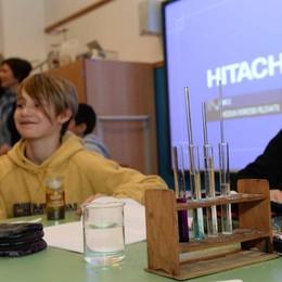 """Aule, biblioteca palestra, laboratori  È la """"bella scuola"""" di Morbegno"""