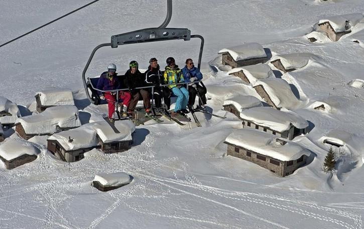 Un solo biglietto per sciare sui due versanti dello Spluga