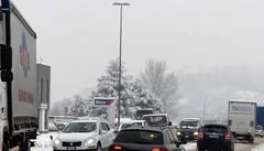 Maxicode di ore in auto: «Firme per cambiare»