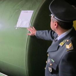 Caso cisterne, interviene il prefetto  «Subito le autorizzazioni dei Comuni»