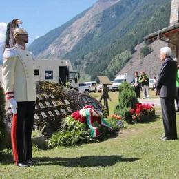 Trent'anni fa all'alba la montagna si sgretolò, venerdì la Valle ricorda e prega