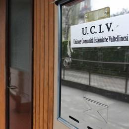 «Chiudere il centro islamico», la Lega va dal prefetto