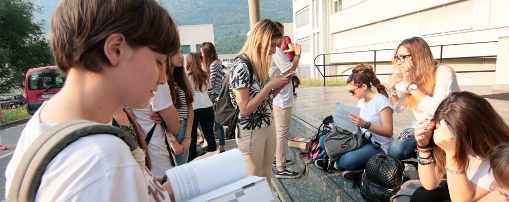 Precipita il numero degli studenti