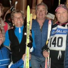 Sugli sci a 85 anni, è il più anziano in gara  Tutti i protagonisti