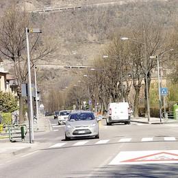 Morbegno, strade pericolose   i residenti protestano