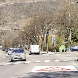 «Via Forestale pericolosa»  Sotto accusa il semaforo