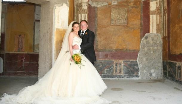 Istat: matrimoni in calo