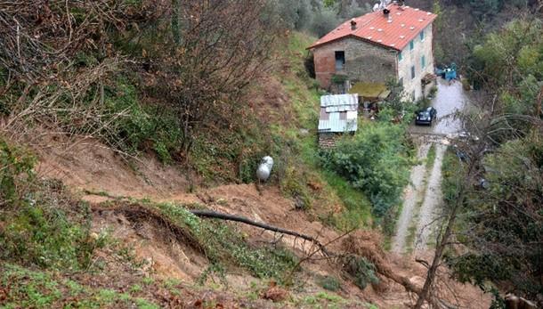 Maltempo: Piemonte, frana uccide 70/ne