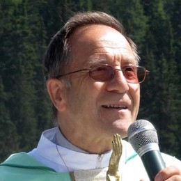 Annuncio durante la Messa: don Alfonso Rossi lascia la Valmalenco