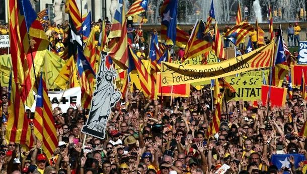 Alta Corte Spagna:stop voto in Catalogna