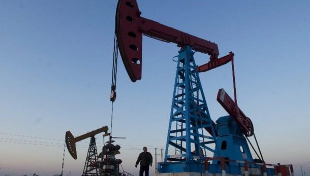 Petrolio: minimi 5 anni, poi recupera