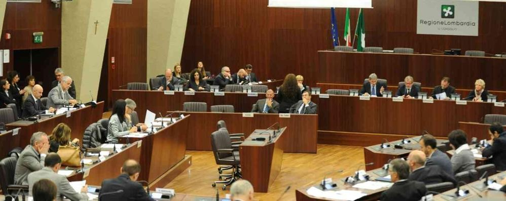 Vitalizi agli ex consiglieri regionali, 94mila euro per i tre valtellinesi