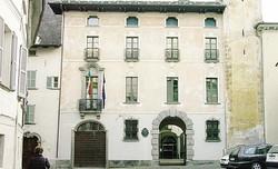 I 16 candidati della lista Morbegno è Ora con Paolo Ronconi che punta alla poltrona di primo cittadinoIl municipio  di Morbegno: conto alla rovescia in vista delle prossime amministrative